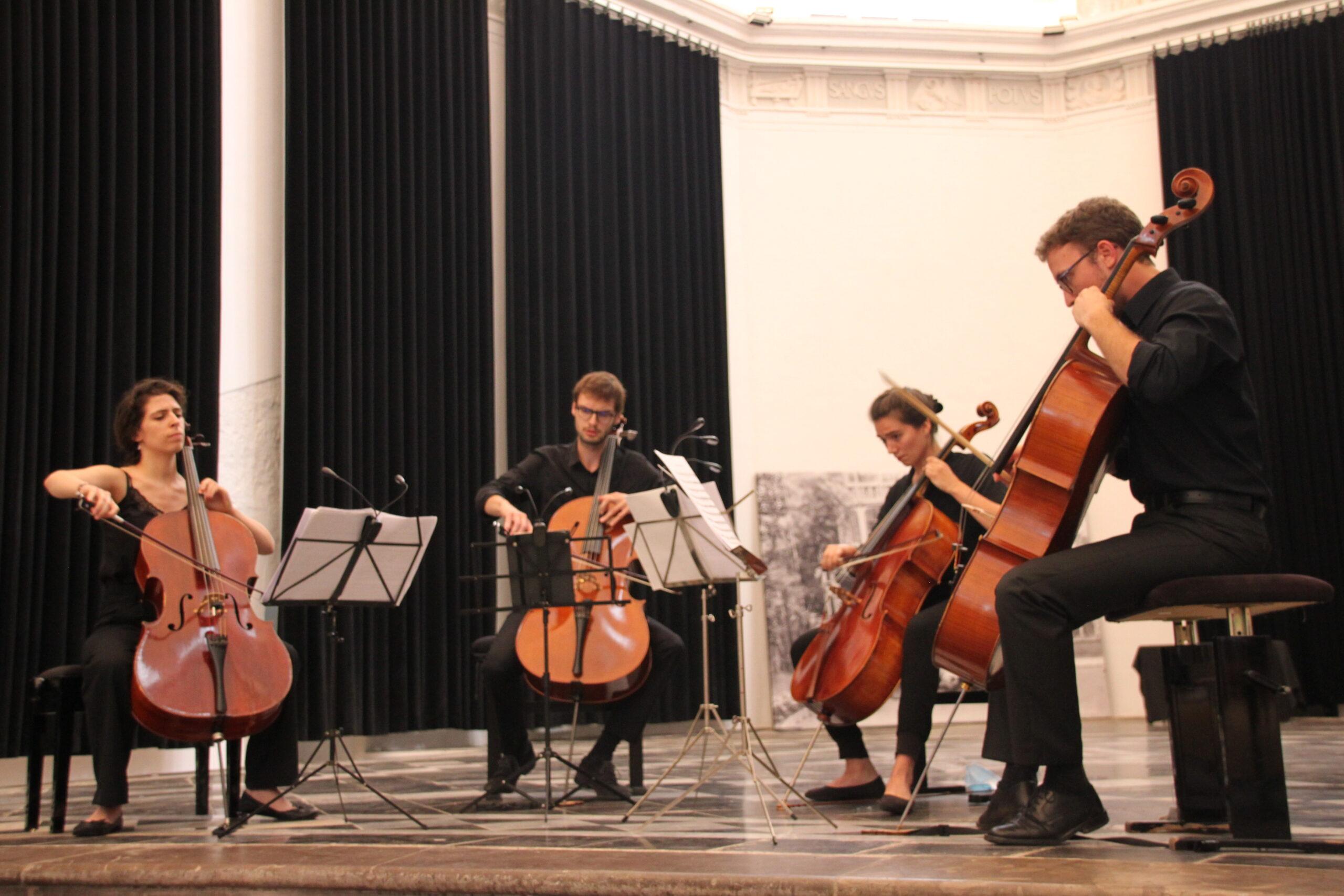 Celliband Quatuor
