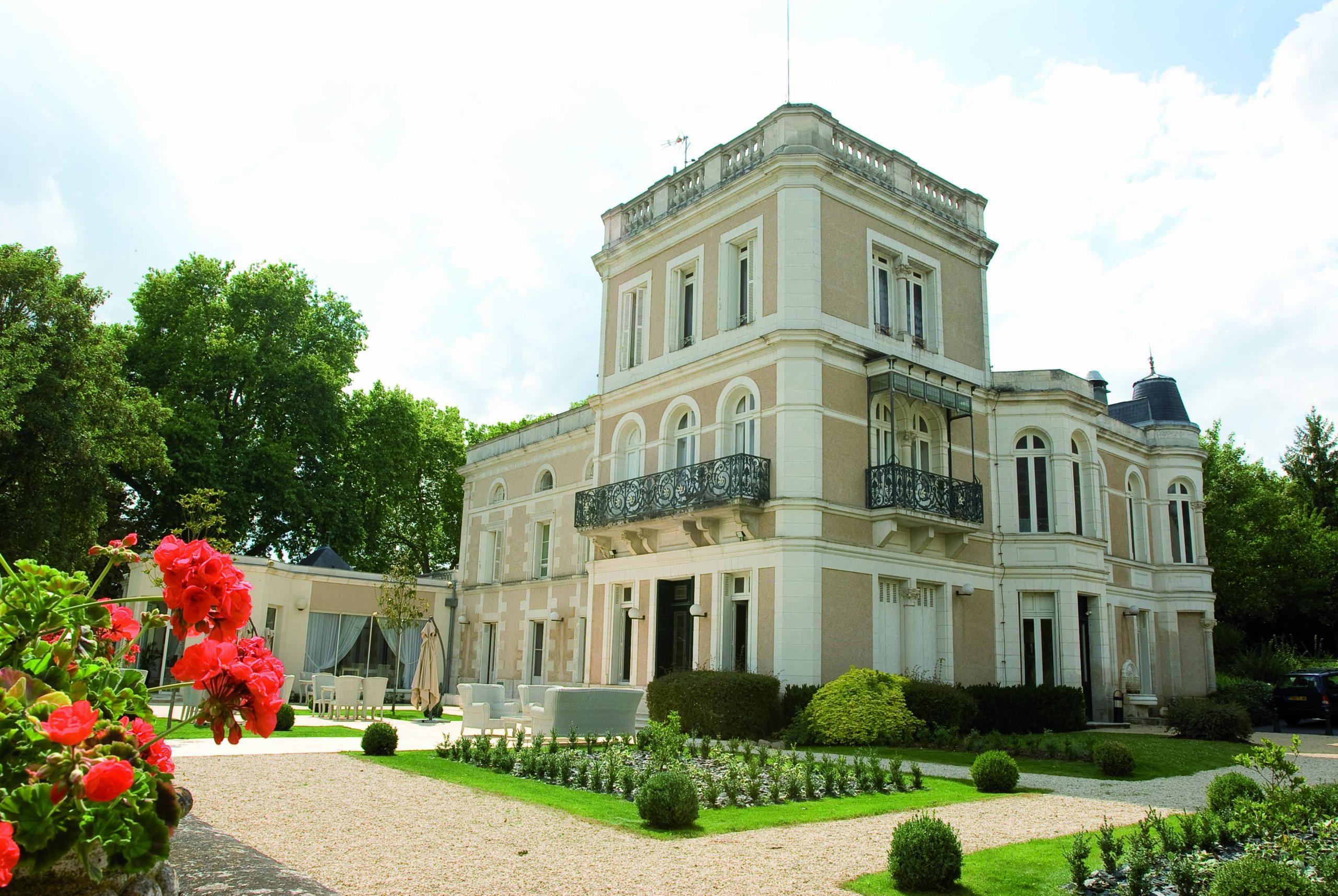 Hôtel Le Clos de la Ribaudière - Chasseneuil-du-Poitou