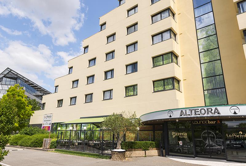 Alteora facade Hotel Chasseneuil-du- Poitou-hotel